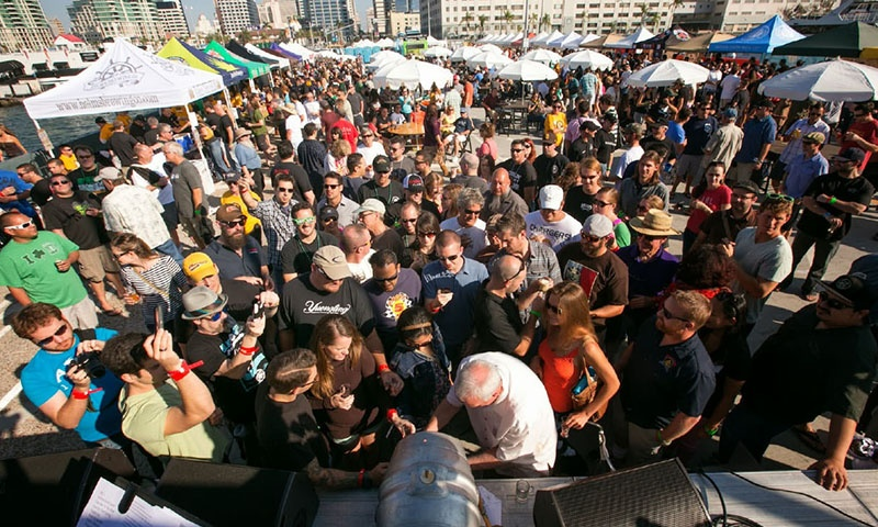 beer-week-san-diego-crowd