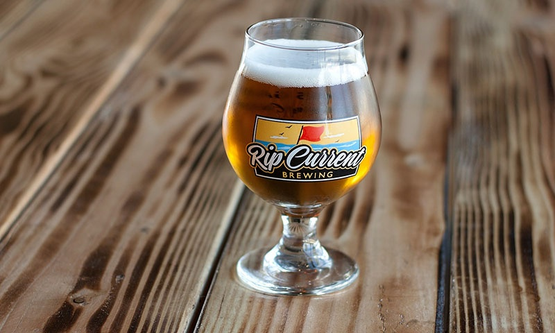 rip-current-brewing-beer-glass