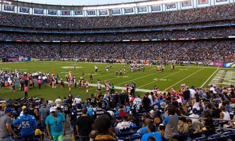 field-fans