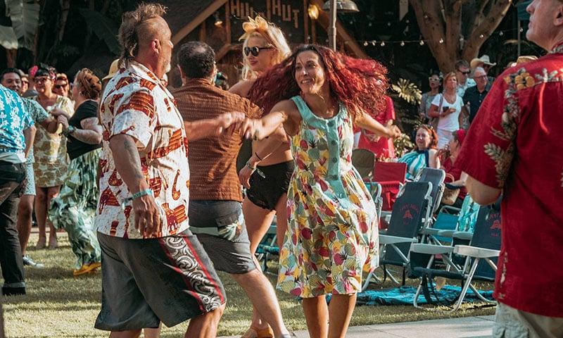 dancing-tiki-party