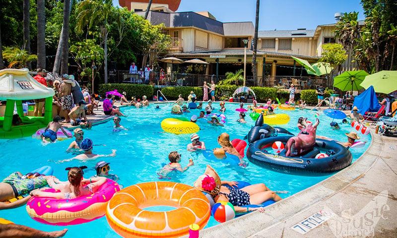 pool-party-tiki-oasis
