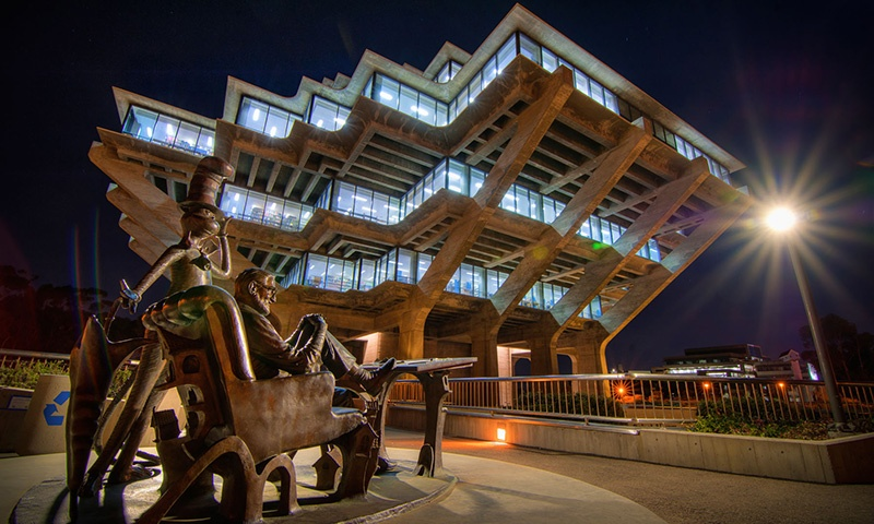 Geisel Library Night View with Statue