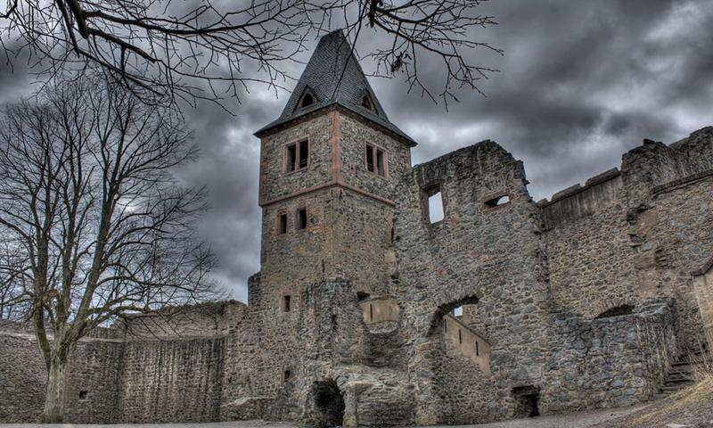 frankensteins-castle1