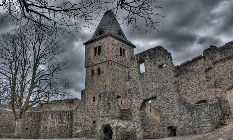 frankensteins-castle1
