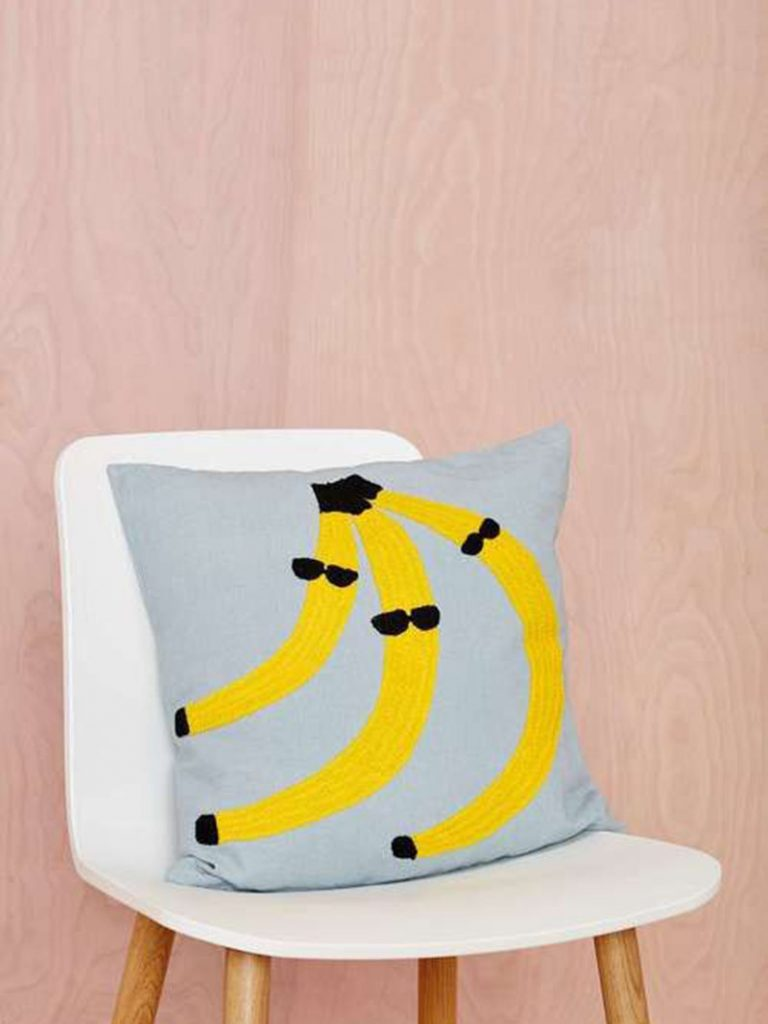 graphic-pillows