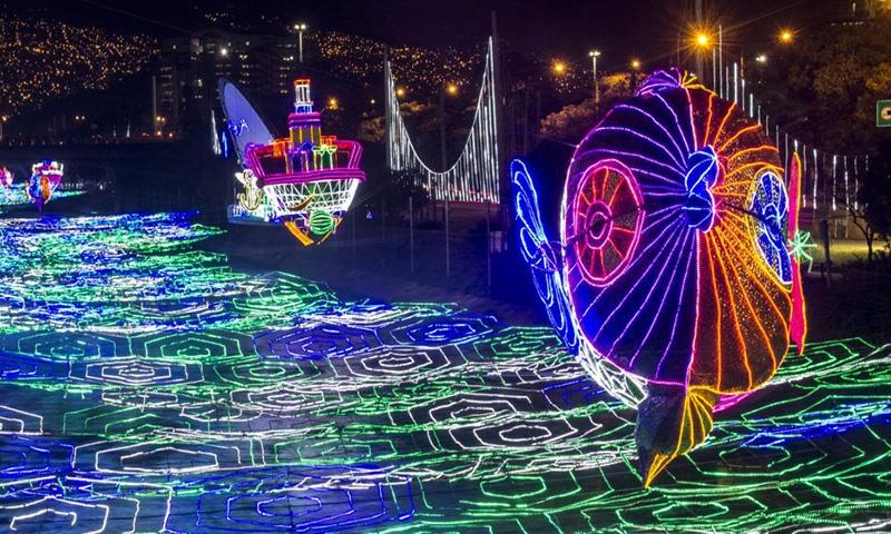 medellin-christmas-lights