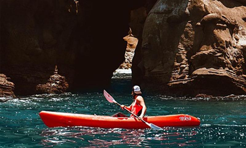 kayak-la-jolla-action