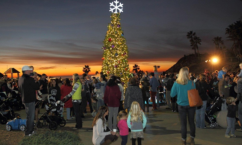 holiday-tree-lighting-solana.jpg
