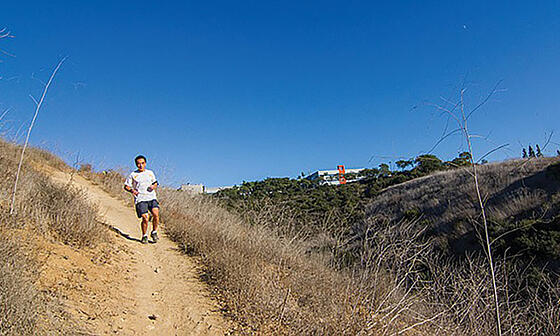 Running-Through-Los-Penasquitos-Canyon-Sorrento-Valley-CREDIT