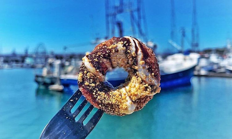 donut-by-the-water