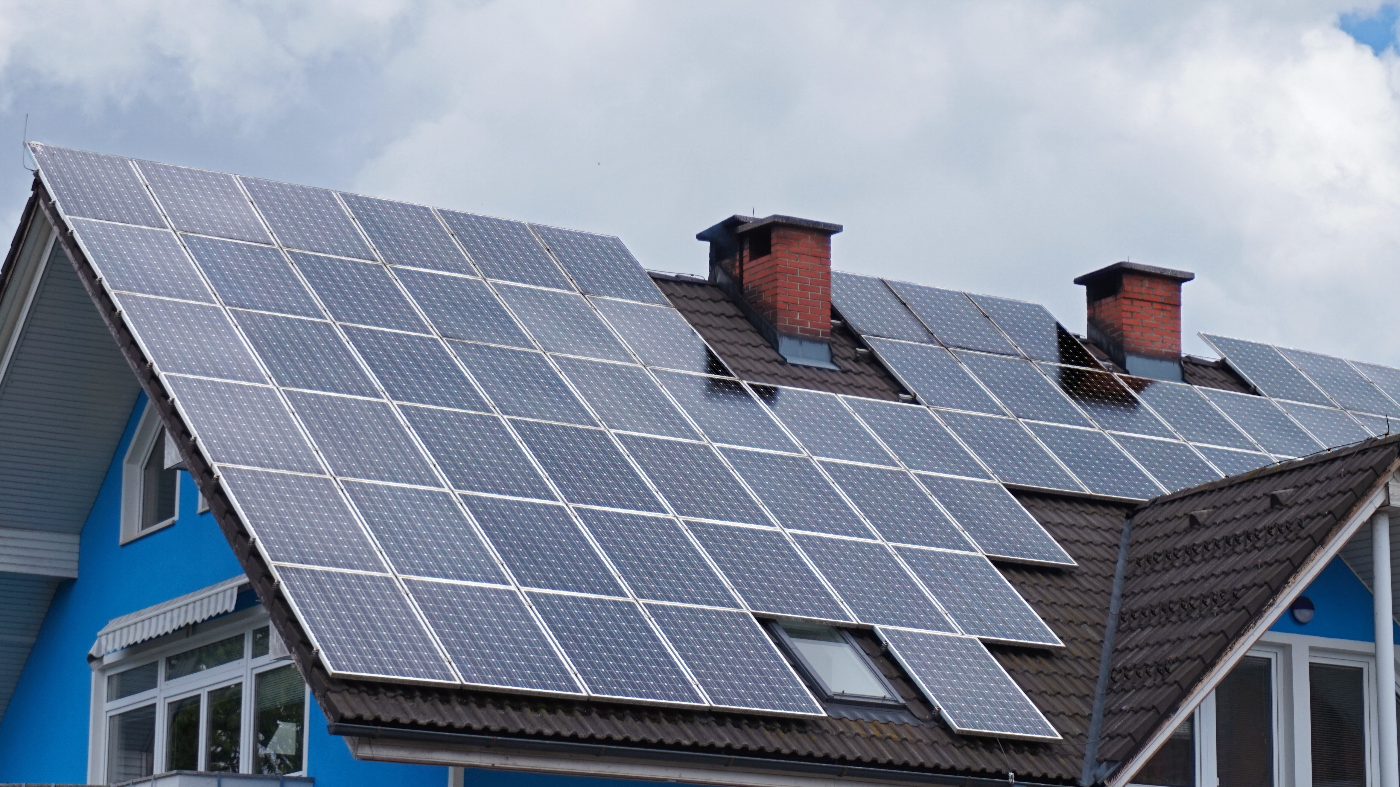 Weighing The Pros And Cons Of Residential Solar Panels